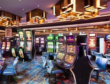 How One Can Get A Fabulous Casino On Tight Funds